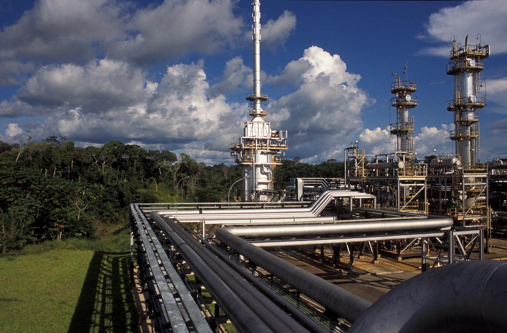 """""""Gasoduto Urucu-Coari-Manaus (AM)"""" by Programa de Aceleração do Crescimento (PAC) is licensed under CC BY-NC-SA 2.0"""